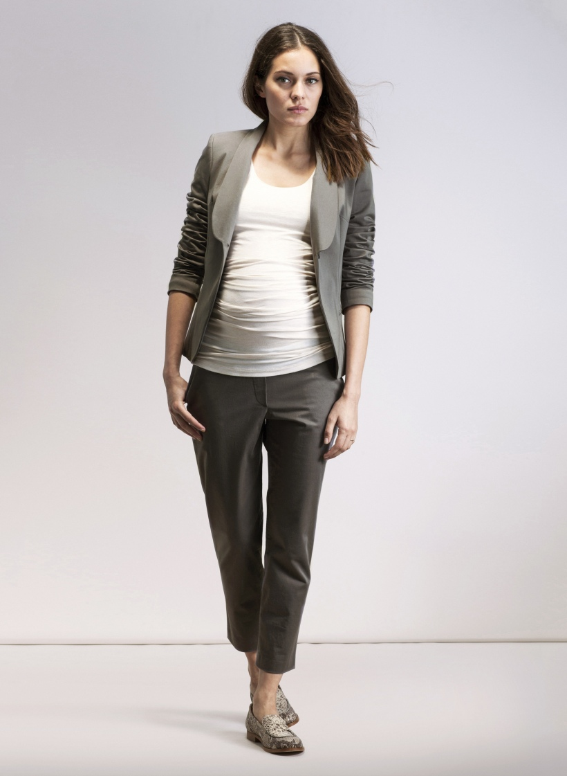 Amalfi trousers in grey with matching Everday Blazer